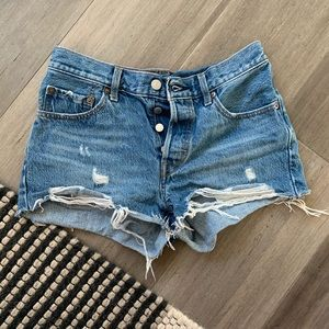 Levi 501 Cut-off Denim Short